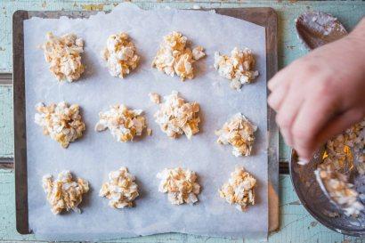 CornflakeCoconutCrunchies-36