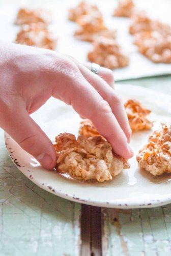 CornflakeCoconutCrunchies-49